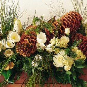 holiday mantle flowers